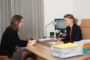 seance-au-cabinet-mai%cc%88lys-dubois-avocats-par-gaellebc-jpghd-183